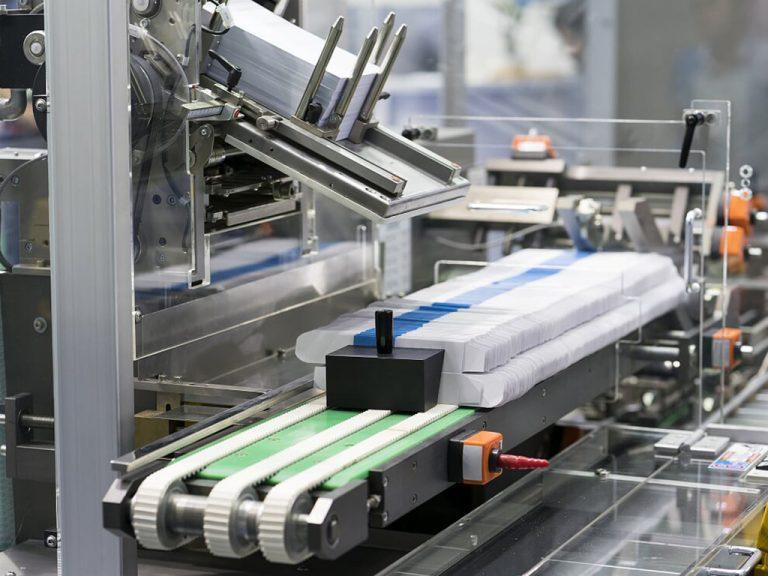 Industrie Electric_0004_10. Verpackungsanlage für Brillenputztücher Ranstadt
